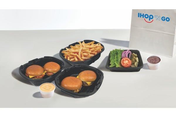 Steakburgers & Chicken Sandwiches Family Feast