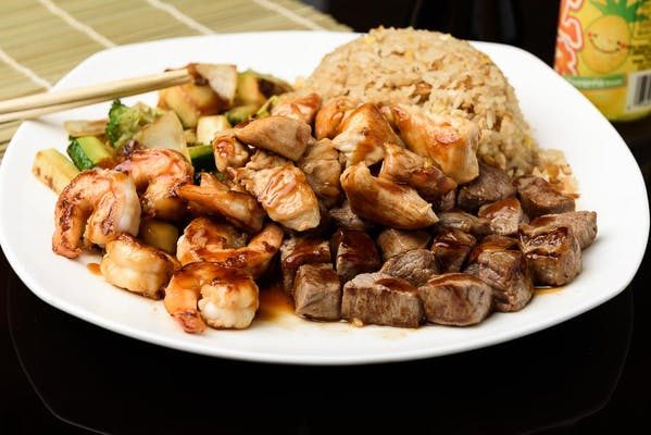 H17. Chicken, Shrimp & Steak Hibachi Dinner