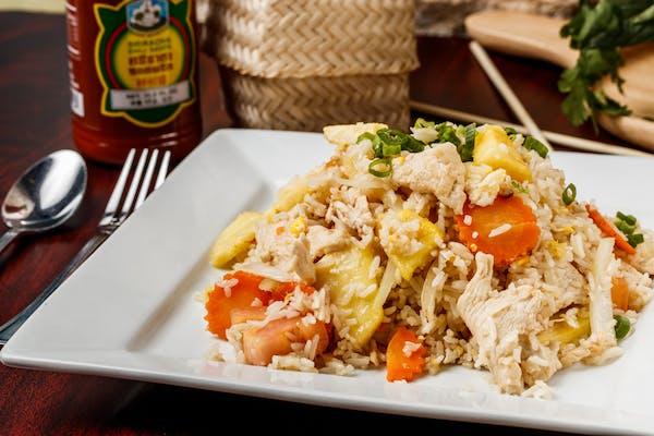 R5. Pineapple Fried Rice