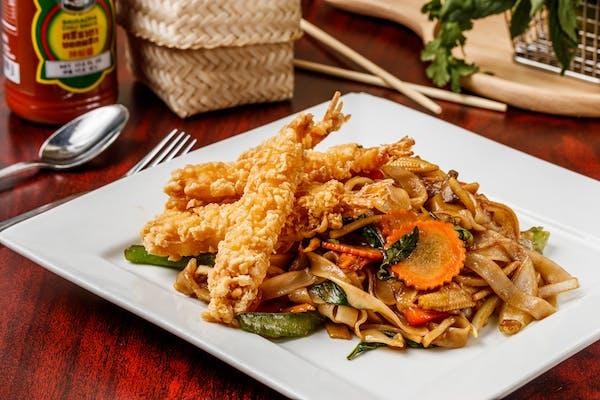 N3. Pad Kee-Mao (Drunken Noodles)
