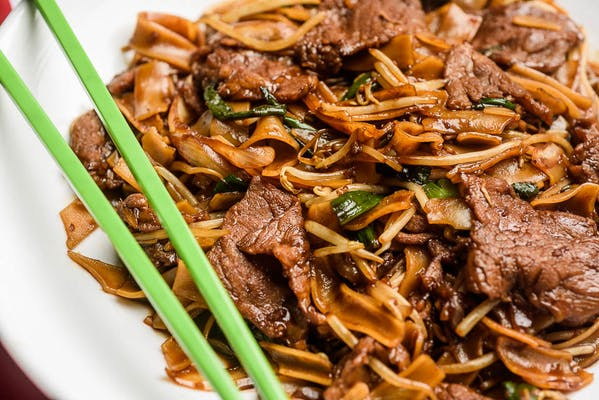 Stir-Fried Beef Chow Fun