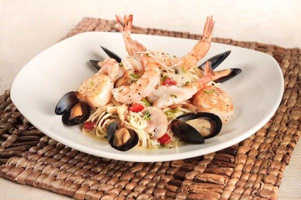 Lunch Coastal Seafood Pasta