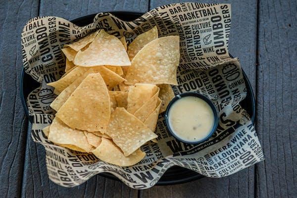 Side of  Chips & Queseaux