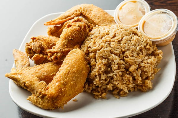 18. Fried Chicken Wings with Fried Rice