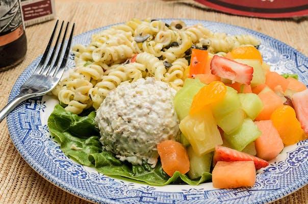 Cosmopolitan Salad