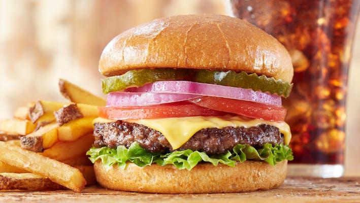 Bobby's Classic Cheeseburger
