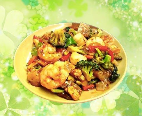 P7. Shrimp & Scallop Szechuan-Style