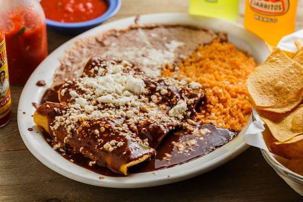 T4. Enchiladas Mole