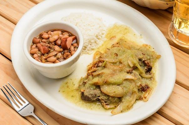 17. Carnitas en Salsa Verde Dinner