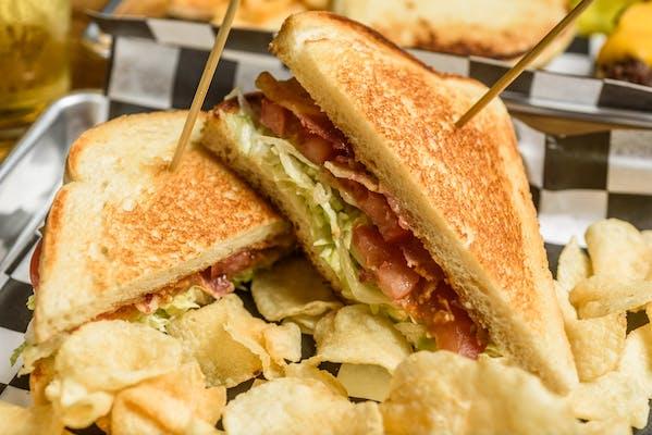 Lucy's Lazy BLT Sandwich