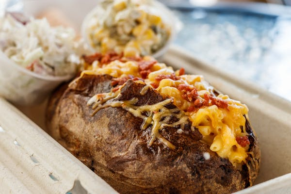 Mac 'N' Cheese Baked Potato