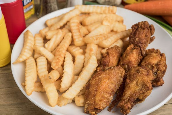 Wing with French Fries