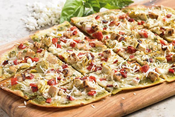 Garlic Chicken Pesto Tavern-Cut Pizza