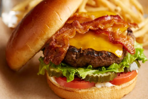 Bacon Cheeseburger*