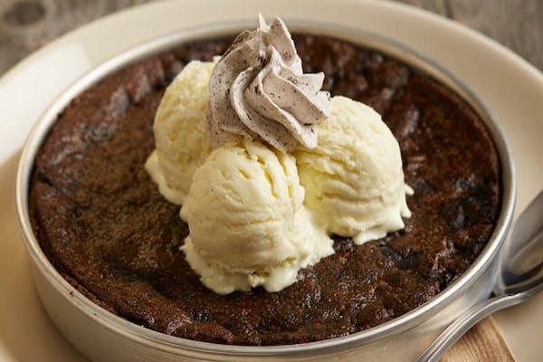Cookies N' Cream Pizookie®️