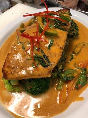 Panang Salmon Special