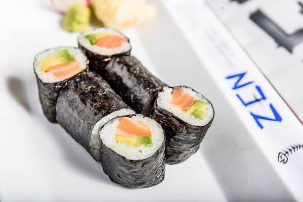 Salmon Tekkimaki Roll