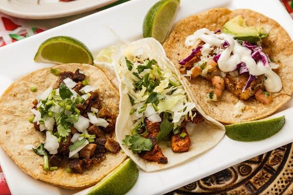 Tacos de Plaza