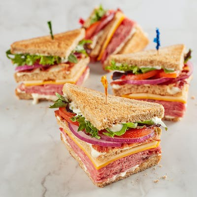 Black Angus Club Sandwich
