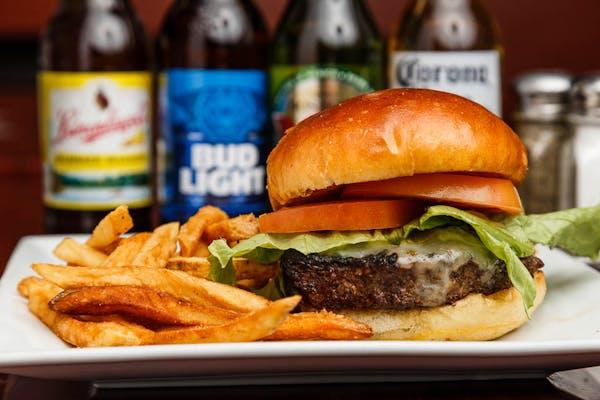 LOCALS Classic Burger