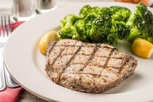Grilled Tuna Steak (Lunch)