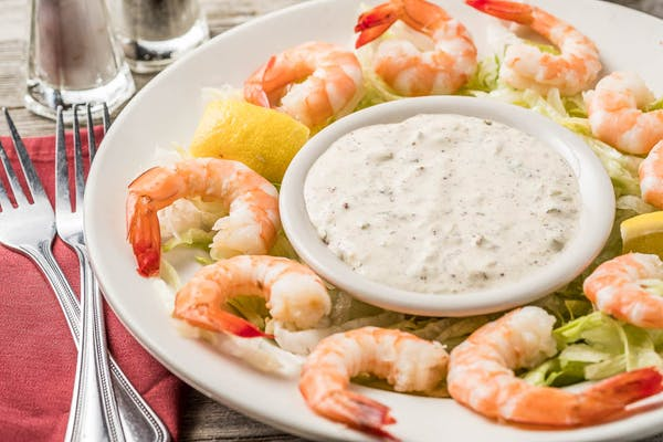Spicy Chilled Shrimp with Remoulade Sauce