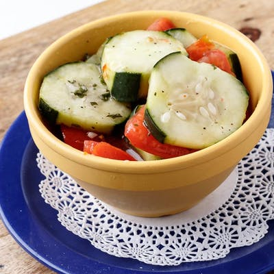 Side Tomato Cucumber Salad