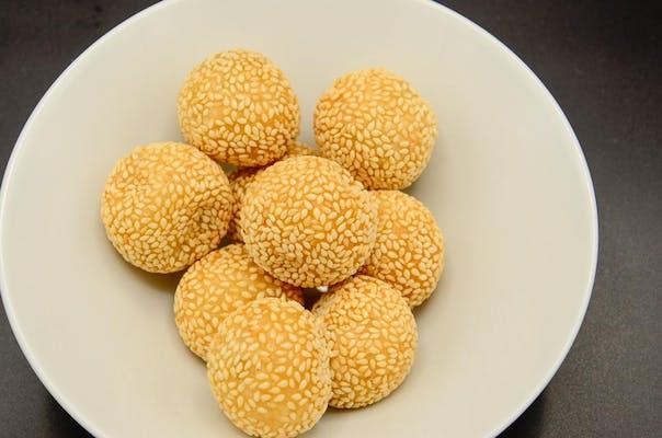 117. Sesame Balls