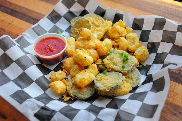 Fried Cheese Curds & Pickles