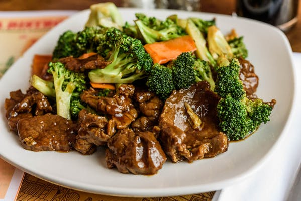 BF5. Beef w/ Broccoli