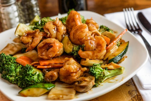 SF3. Shrimp w/ Vegetables