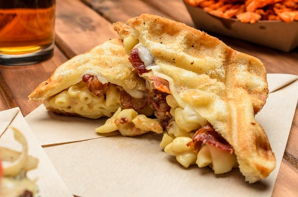 Bacon Mac & Cheese Melt