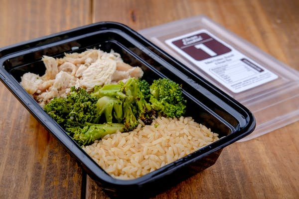 #1  Smoked Chicken, Roasted Broccoli & Brown Rice