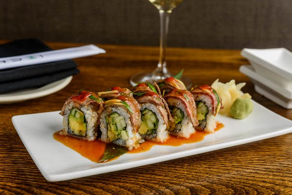 Hatsu Kobe Roll