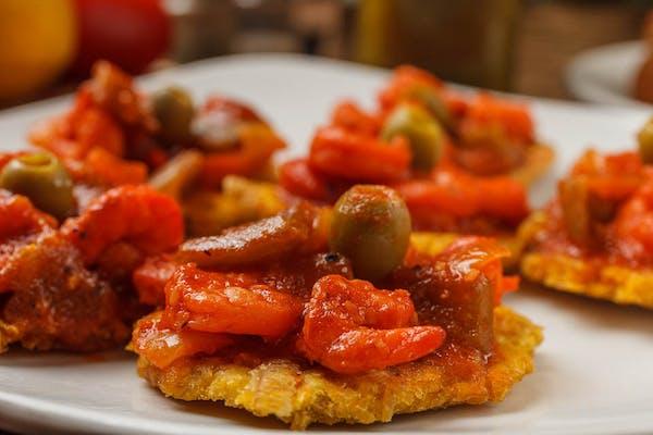 Tostones Rellenos  ( Beef or Shrimp)