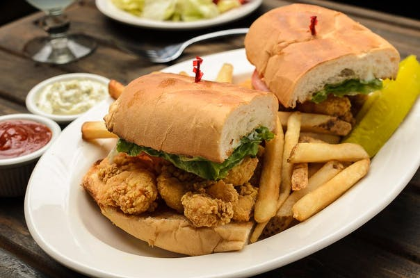 Fried Seafood Poboy