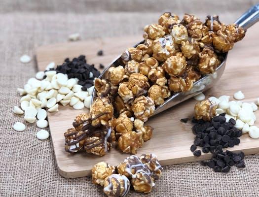 Ebony & Ivory Popcorn