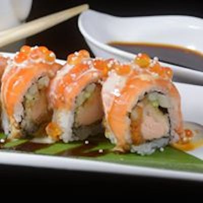 Salmon Lover Roll (Seaweed)