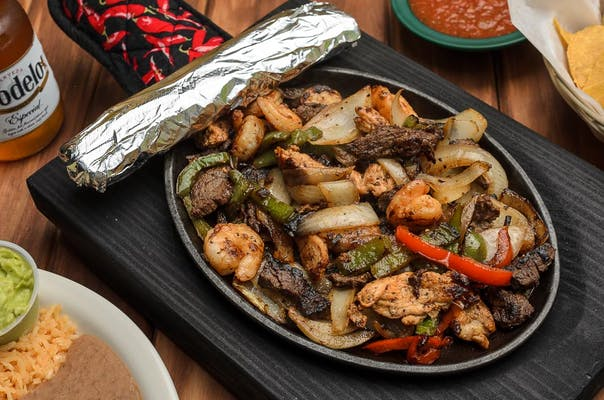 10C. Shrimp, Beef & Chicken Fajitas