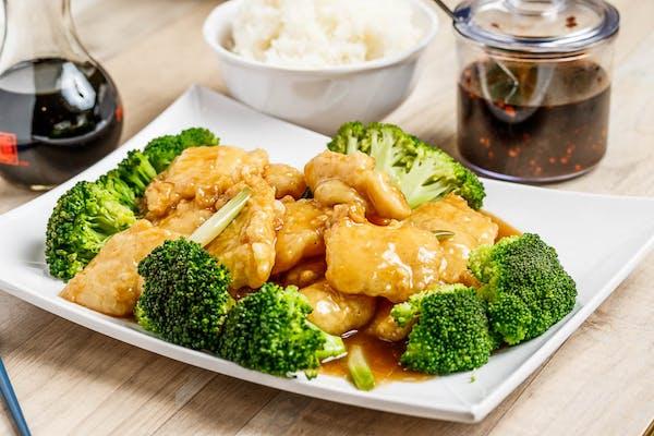 SF12. Sautéed Fish Fillet & Broccoli