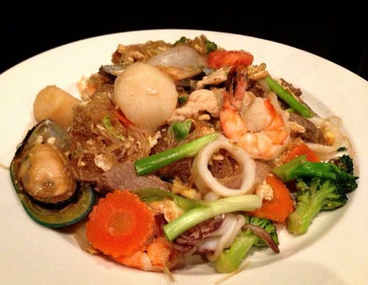 Pad Woon Sen Noodles Lunch Special
