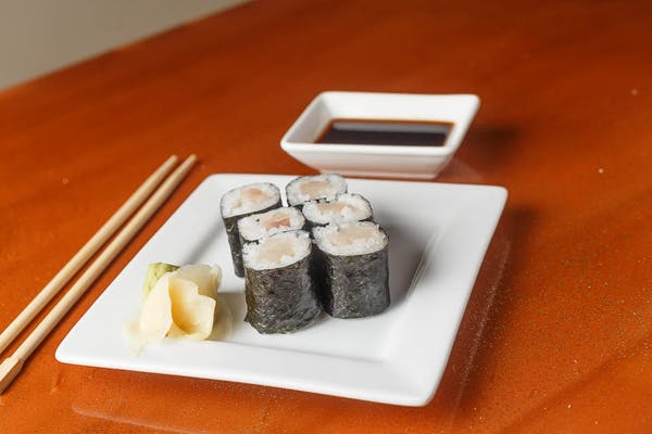 Yellowtail Roll