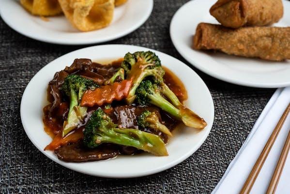B2. Beef & Broccoli