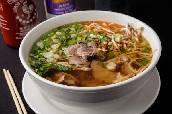 16. Tom Yum Noodle