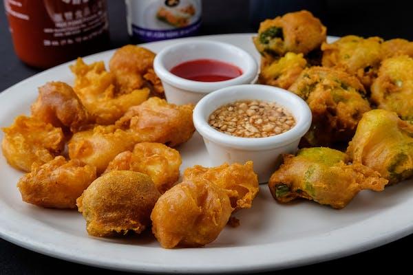 28. Fried Shrimp Tempura