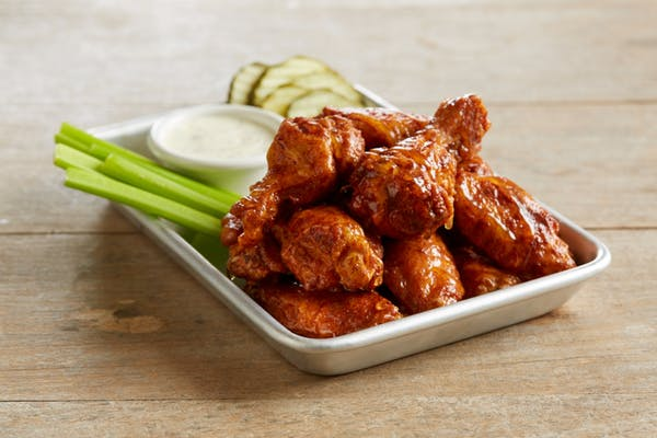 BJ's Premium Bone-In Chicken Wings