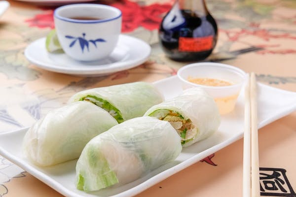 (2 pc.) Summer Roll (Chicken)