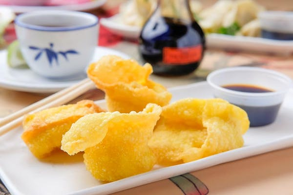 (6 pc.) Fried Wontons (Chicken)