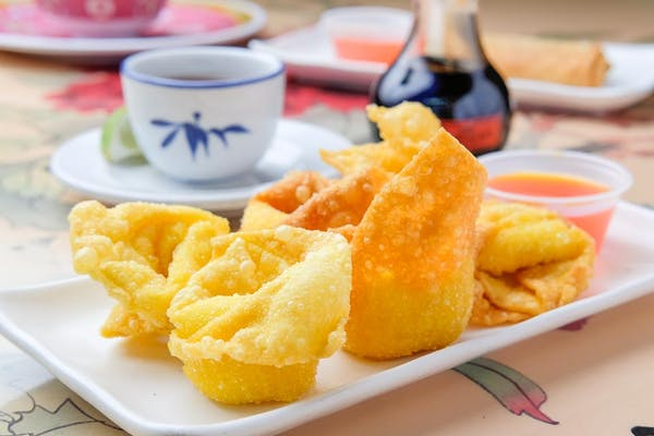 (6 pc.) Cheese Stars (Crab Rangoons)