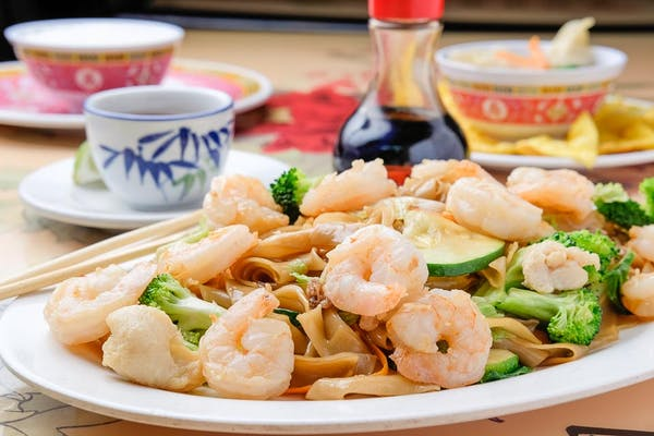 Hong Kong Shrimp Chow Fan Noodles